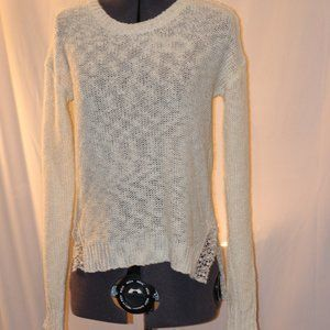 Cream light weight sweater with lace accents